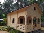 ul. Majowa - domek drewniany