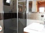 łazienka domek drewniany