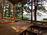Widok z domków nad jeziorem