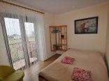 Apartament 3-pokojowy sypialnia 1