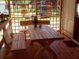 duży drewniany taras 35m2