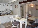 5-osobowy domek dwupoziomowy z kuchnia i łazienką taras i balkon na piętrze
