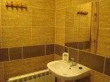 Zabrze ul. Św. Wawrzyńca 47 - łazienka. w pokoju nr 16