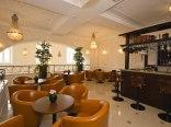 ROYAL HOTEL****