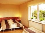 Sypialnia w apartamencie 2-pokojowym