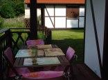 Wypoczynek na tarasie - Domki Letniskowe