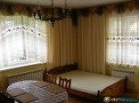 Przestronny pokój z balkonem i łazienka