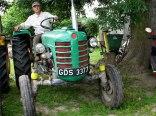Goście lubią się fotografować na naszych traktorach.