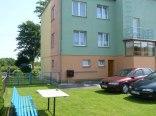 Podwórko- możliwość parkowania