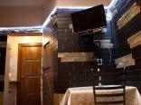 pokój łaczony, sypialnia+pokój dzienny z łązienką, aneksem oraz balkonem