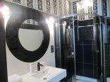 łazienka w czarnym