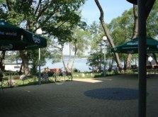 zobacz film na stronie Hotelu 50m/od jeziora
