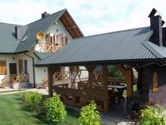 Dom 14-osobowy nad jeziorem z gorącą balią