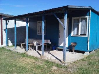 Domki letniskowe, kajaki, pole namiotowe.