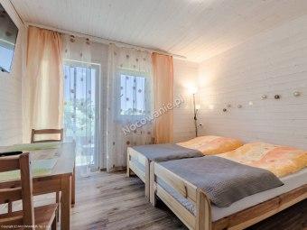 Biały Domek-pokoje [tężnie] i apartament w centrum
