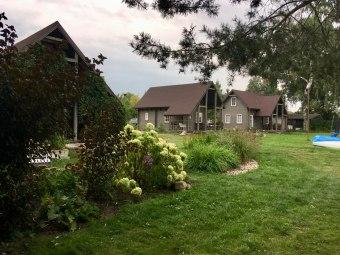 Domki i pokoje w porcie Genaker