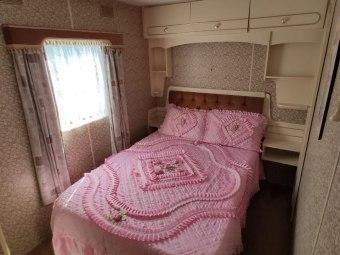 """Pokoje/Apartamenty/Domki campingowe """"Pod brzózką"""""""