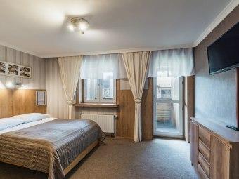 Pokoje i apartamenty Zakopane ul. Krupówki 19