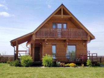 Sowi Kamień drewniany domek blisko Karpacza