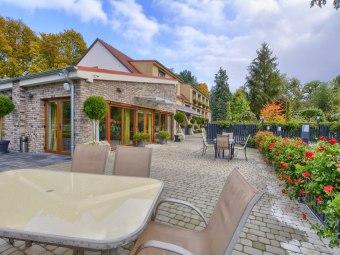 Restauracja i Hotel Podzamcze