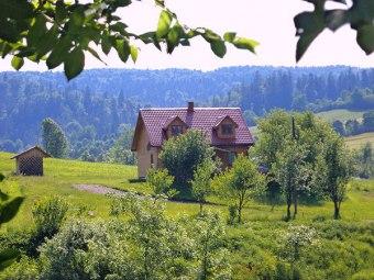 Gospodarstwo Agroturystyczne Chata Nad Roztokami