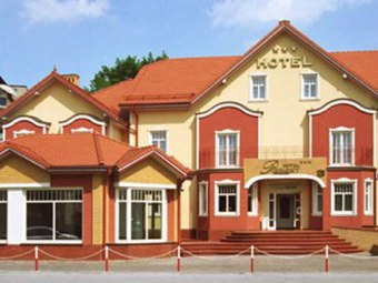 Piemont Hotel i Restauracja