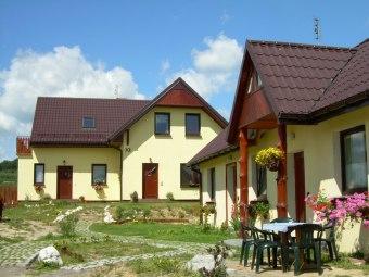 Pokoje Gościnne Jura-Active ( Żółty Domek )