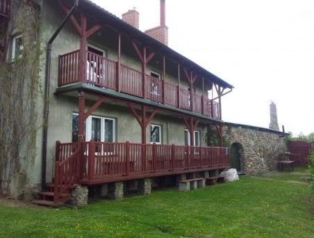 Balkony z Widokiem na ogród i,staw i las