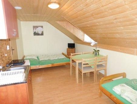 Mieszkanie 5-osobowe