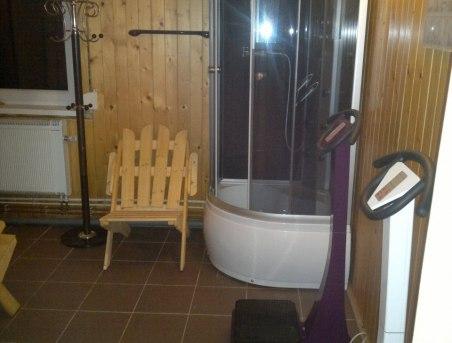 Prysznic przy saunie