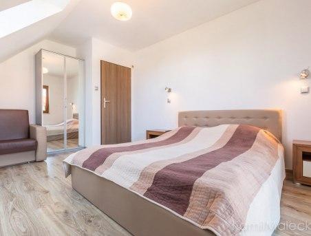 Apartamenty w domkach drewnianych & Willa Amelia