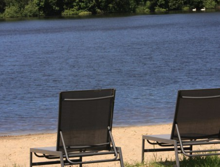 U Zyzanny - prywatne jezioro z prywatną plażą