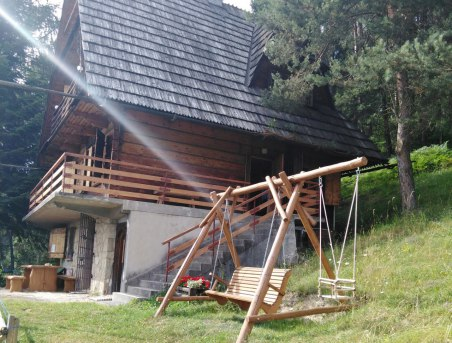 Stanleyówka domek w górach nad jez.czorsztyn