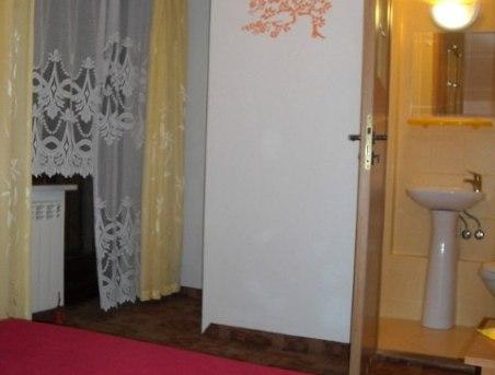 pokój 2-osobowy z łazienką i balkonem