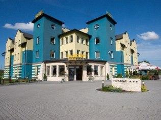 Dla użytkowników serwisu e-turysta - Hotel Piaskowy *** Restauracja Kameralna