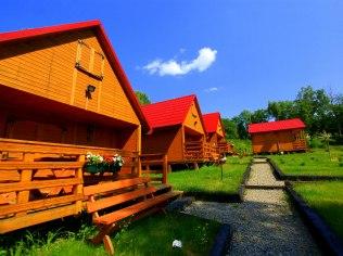 Wakacje 2022 - Domki Viwaldi, Ośrodek Wypoczynkowy w Solinie