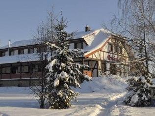 Sylwester - Pensjonat i domki letniskowe nad jeziorem Wejsunek