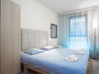 Lato we Wrocławiu - 24W Apartments i pokoje ,kwatery noclegi dla firm