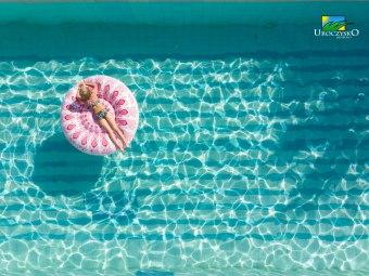 Uroczysko Jakubowo z basenem
