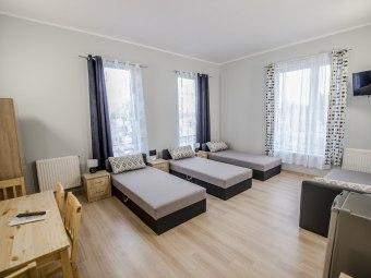 Hostel Plus