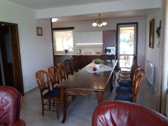 salon połączony z kuchnią